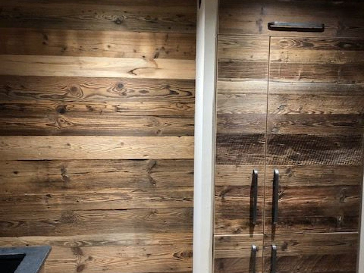 Armoire frigo cuisine vieux bois